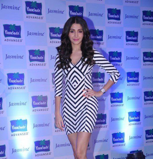 Anushka Sharma Posed For Camera At Parachute Advansed Oil Event