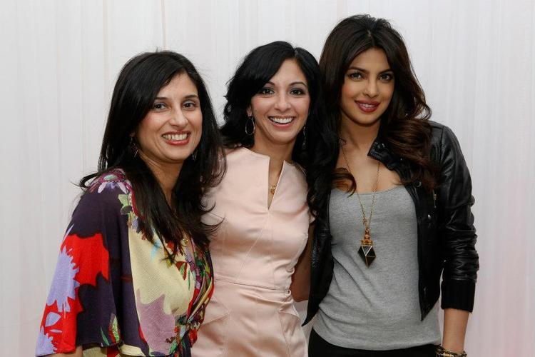 Priyanka Chopra Posed With Her Fans At Bramalea City Center