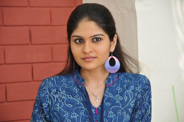 Anuya Bhagvath Beautiful Look Still From Nakili Movie