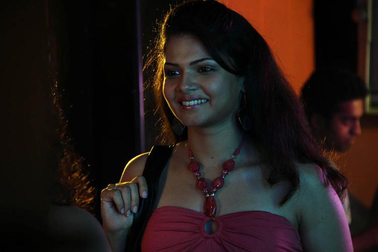 Anuya Bhagvath Smiling Look From Nakili Movie