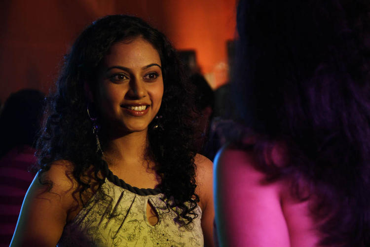 Rupa Manjeri Cute Smiling Look Still From Nakili Movie