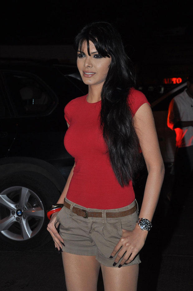 Sherlyn Chopra Sexy And Hot Look At Anuradha Sawhney Vegan Book Launch Event