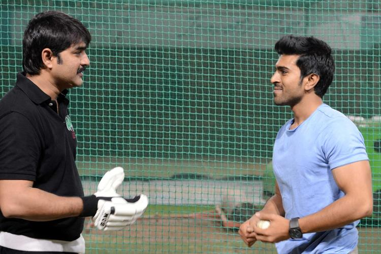 Ram Charan Teja And Srikanth Discussion At In Sports For CCL Season 3