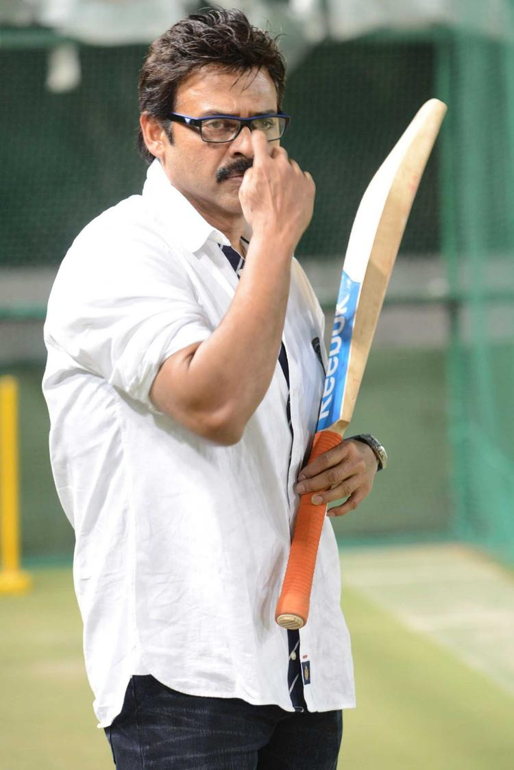 Venkatesh Practice Batting Still At In Sports For CCL Season 3