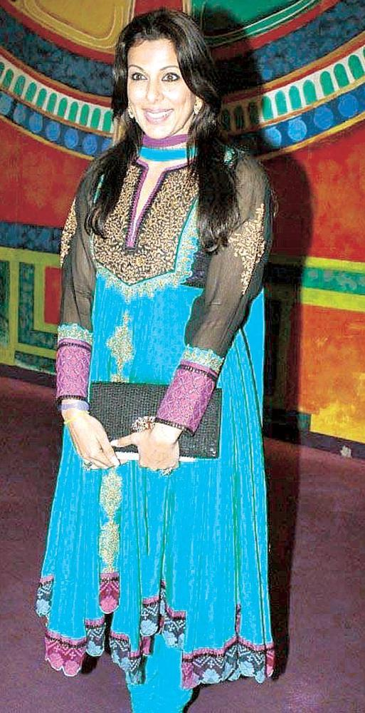Pooja Bedi Desi Chic Look At Fourth Edition Of The Laadli National Media Awards 2013