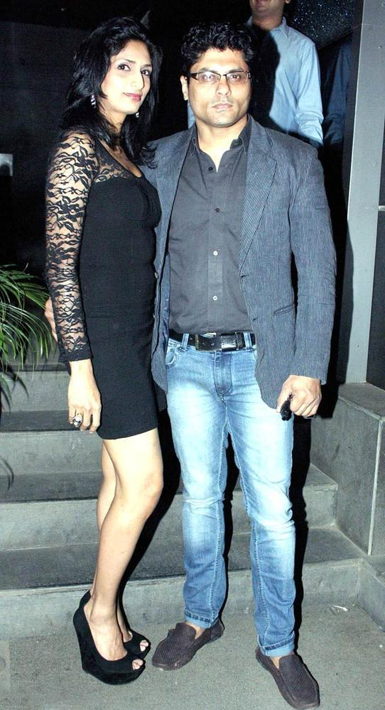 Riyaz And Reshma Clicked At The Launch Of Manoj And Teejay Bohra Production House