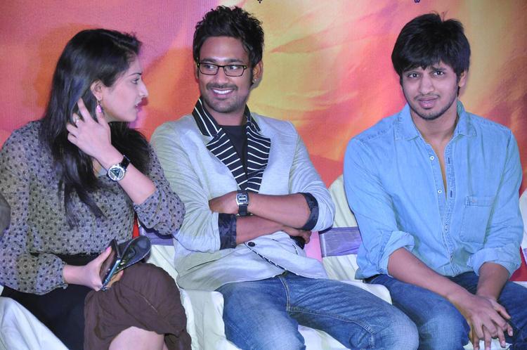 Haripriya,Varun And Nikhil Cool Gossip Still At Abbai Class Ammai Mass Audio Launch Function