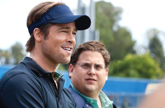 Brad Pitt Smiling Cool Look StilL From Moneyball Movie