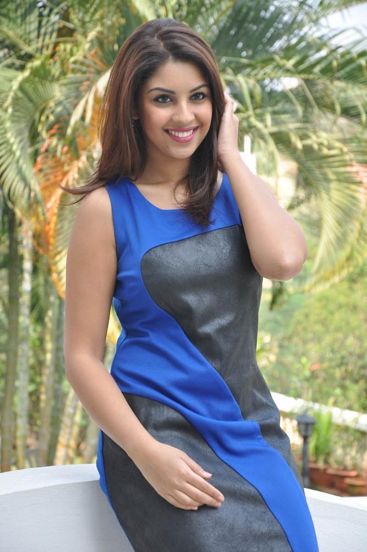 Richa Gangopadhyay Charming Face Look Still