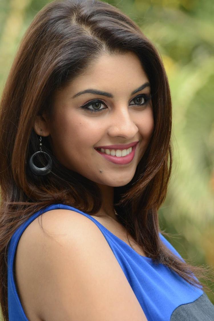Richa Gangopadhyay Dazzling Face Look Still