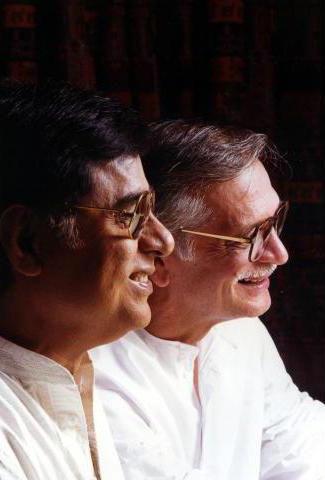 Jagjit Singh With Gulzar Smiling Photo