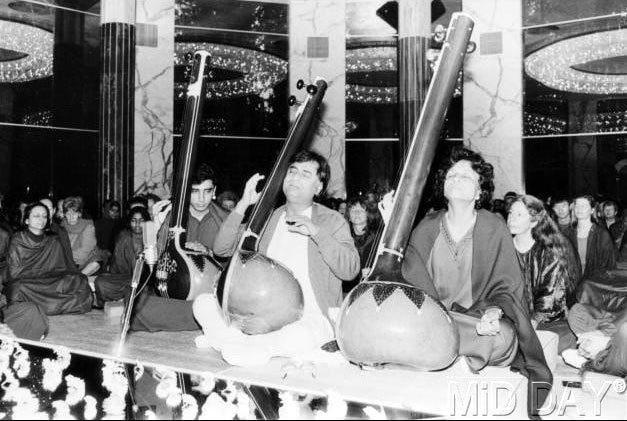Jagjit Singh Performing Still
