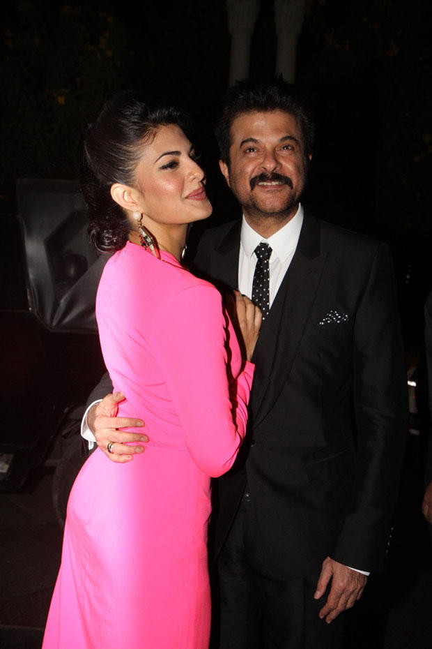 Anil And Jacqueline Cute Smiling Pose At The Hindustan Times Style Award 2013