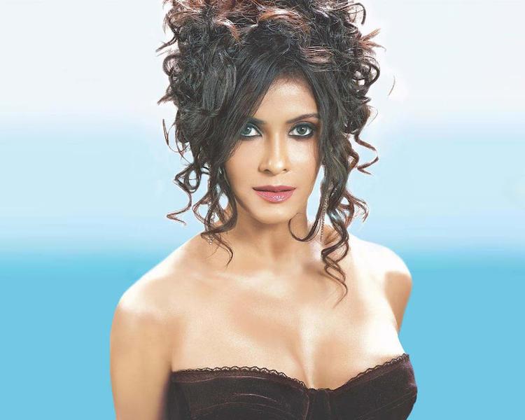 Nandana Sen Hot Gorgeous Photo Still In A Stylish Hair Look
