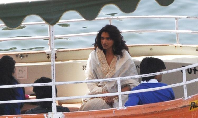 Deepika Padukone Nice Look On The Sets Of Ram Leela In Udaipur