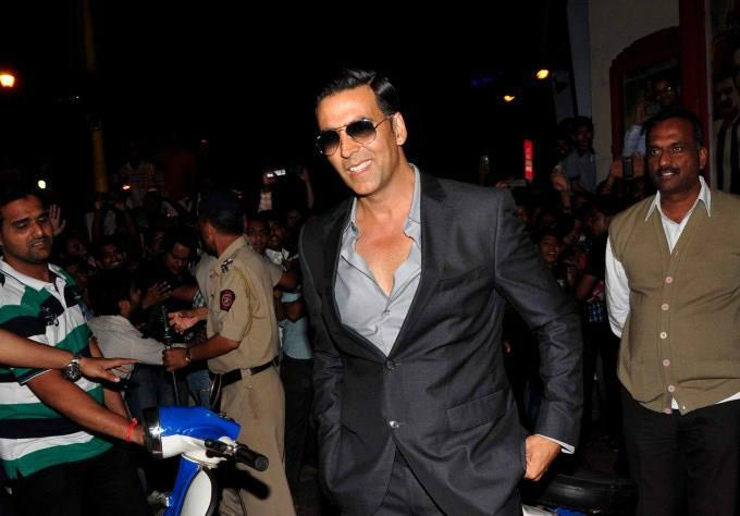 Akshay Arrived At Special Chabbis Audio Release Function