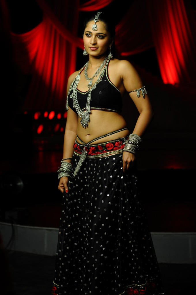 Anushka Shetty Looked Radiant And Beautiful Photo Still