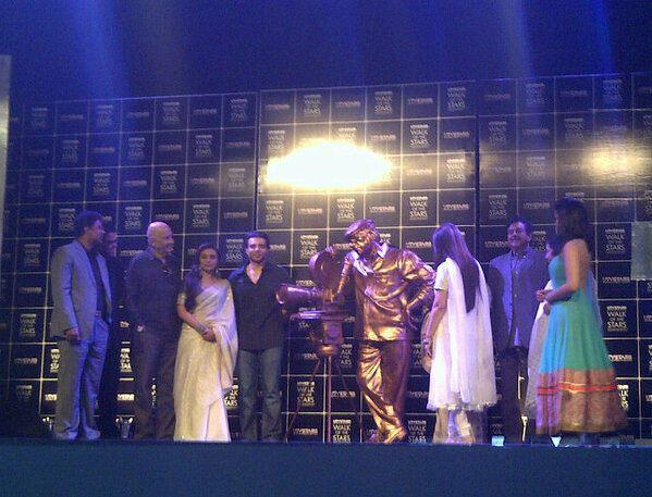 Rani,Uday,Prem And Shatrughan Graced At Yash Chopra Statue Unveiled Event