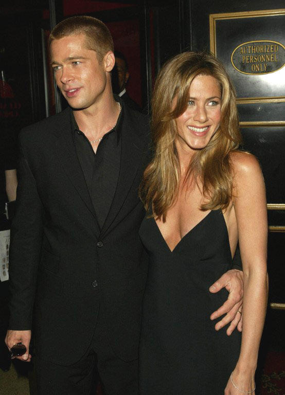 Brad Pitt And Jennifer Aniston Smiling Still