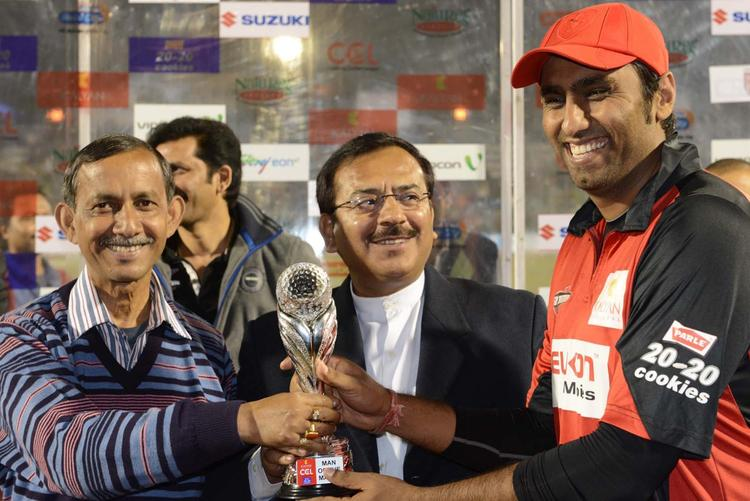 A Telugu Batsman Received The Man Of The Match Trophy