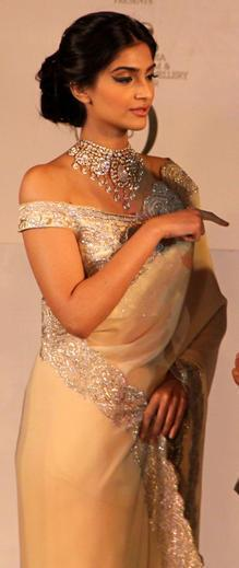 Sonam Kapoor During The GJEPC Press Conference 2013