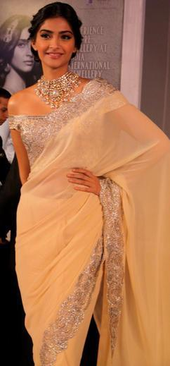 Sonam Kapoor Strikes A Pose At GJEPC Press Conference 2013