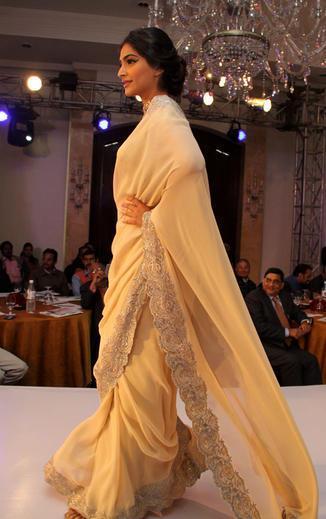 Sonam Kapoor Walks On Ramp At GJEPC Press Conference 2013