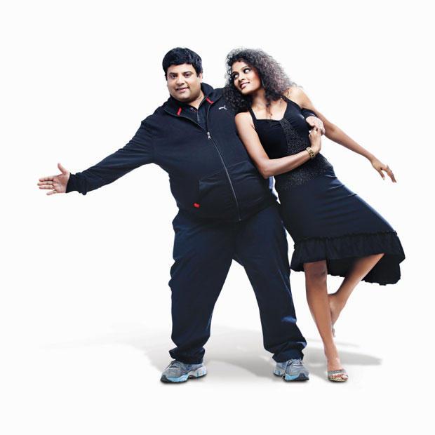 Krishnudu And Sonia Deepti In Black Dress Photo Still From Movie Mr Manmadha