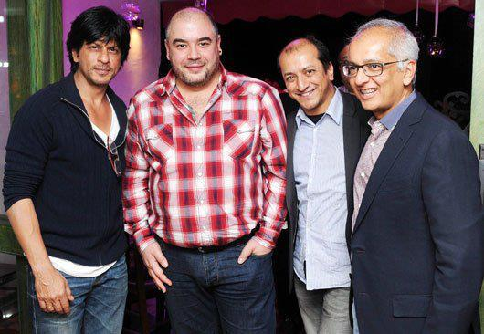 Jai With Shahrukh And Guests Pose For Camera At His Birthday Basdh