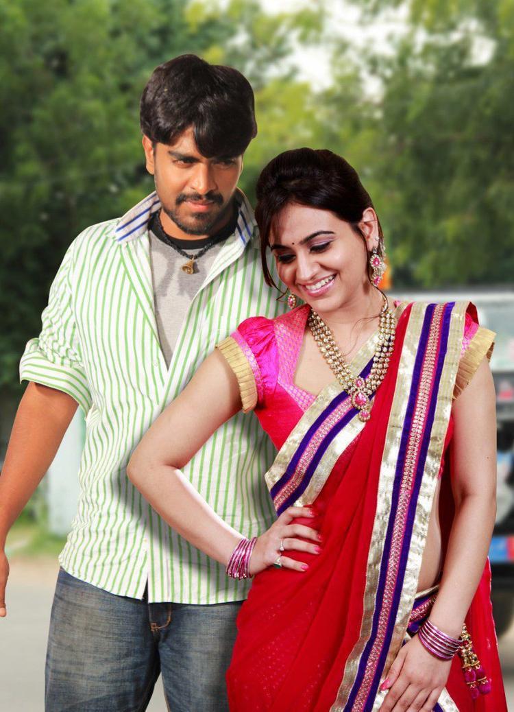 Srinivas And Aksha Sizzling And Attractive Photo Still From Movie Rye Rye