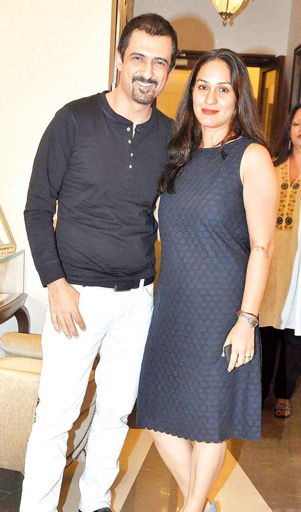 Sanjay With His Wife Ambika Clicked At Pradeep Jethani's Jet Gems Store Launch