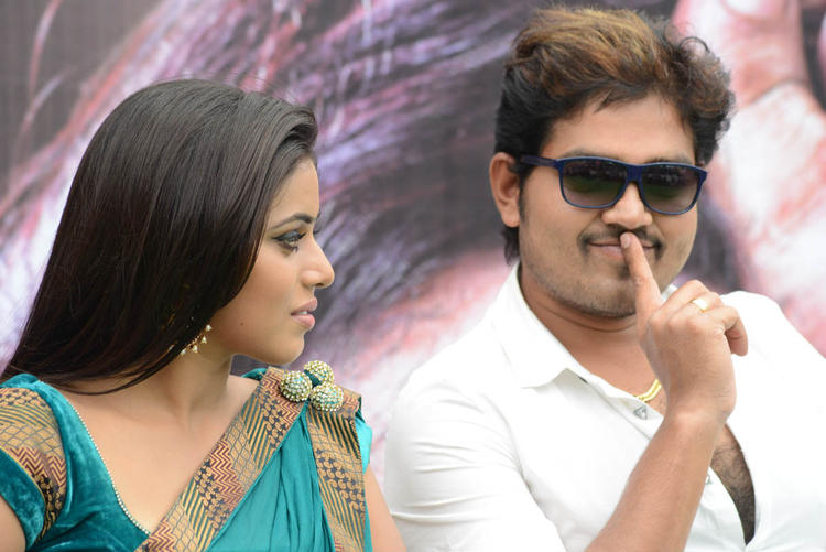 Poorna And Shakthi Cool Chatting Still At Naaku Nachani Padam Prema Movie Launch Event