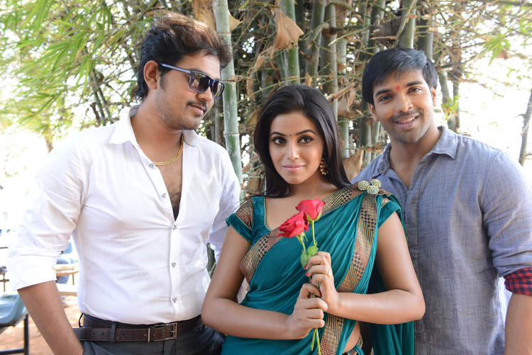 Shakthi,Poorna And Bhawani Clicked At Naaku Nachani Padam Prema Movie Launch Event