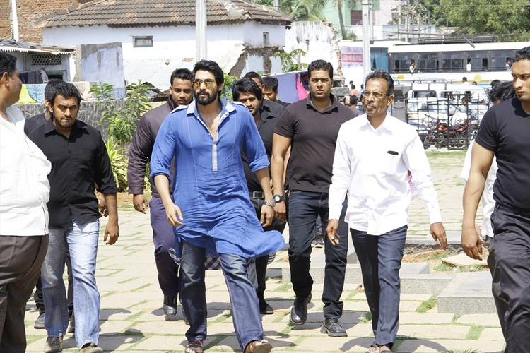 Rana Daggubati Walks In At Rudrama Devi Movie Launch In Warangal