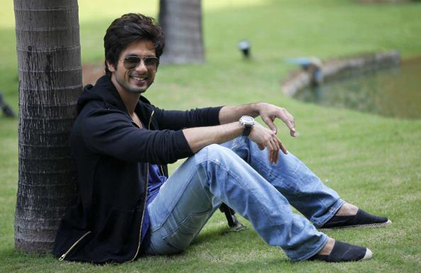 Shahid Kapoor Handsome Look Photo Shoot For Hindustan Times Magazine Feb 2013