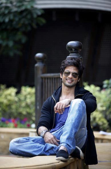 Shahid Kapoor Smiling Look Photo Shoot For Hindustan Times Magazine Feb 2013