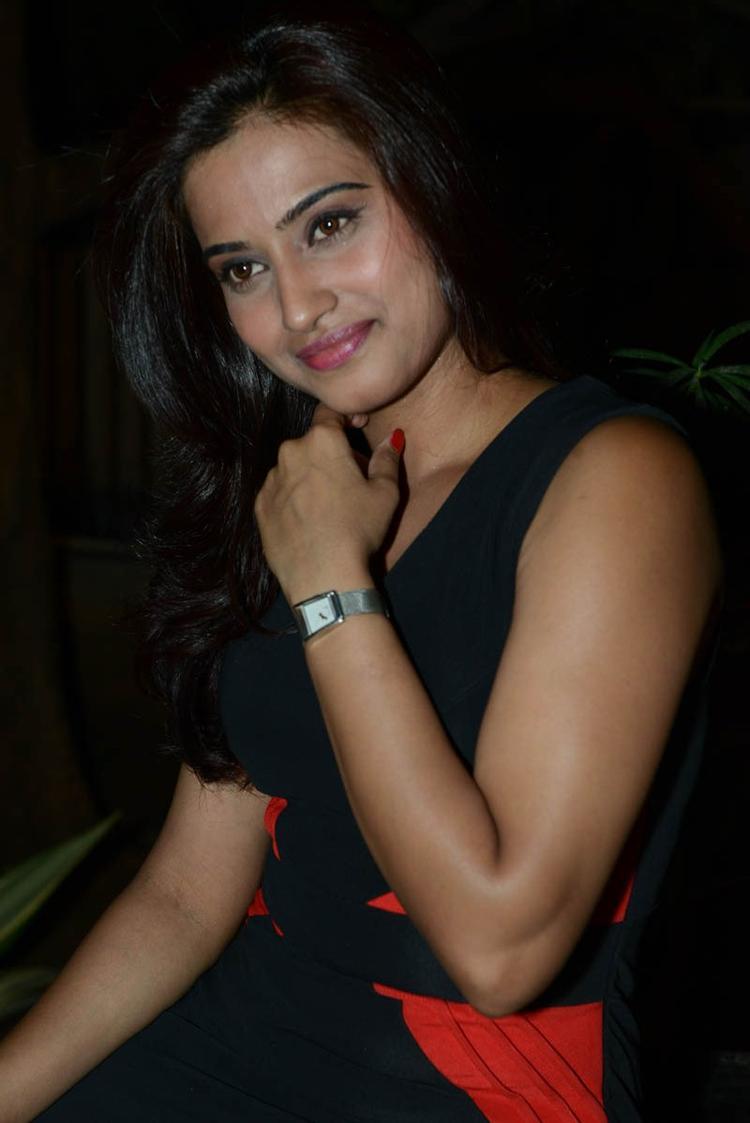 Dimple Chopra Charming Look Photo Still