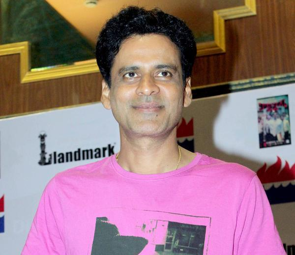 Manoj Bajpayee Smiling Photo Clicked At Special 26 Book Launch Event