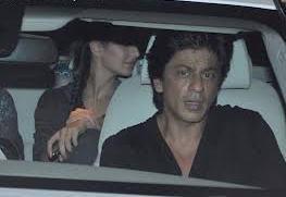 Shahrukh And Katrina In Car At Mumbai Airport