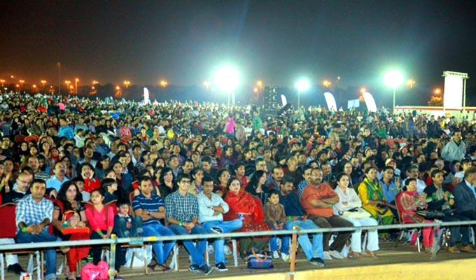People Enjoyed Stage Programme At Temptations Concert In Muscat 2013