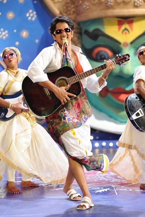 Siddharth Dance In Dhoti Photo Still From Movie Jabardasth