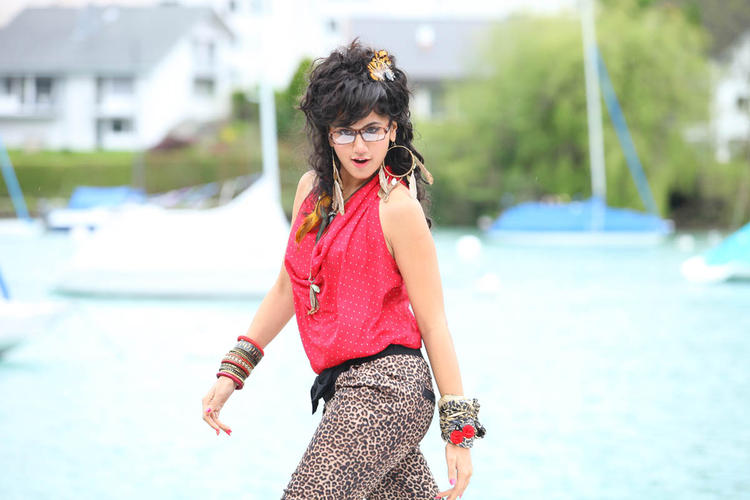 Taapsee Pannu Cool Look Still From Shadow Movie