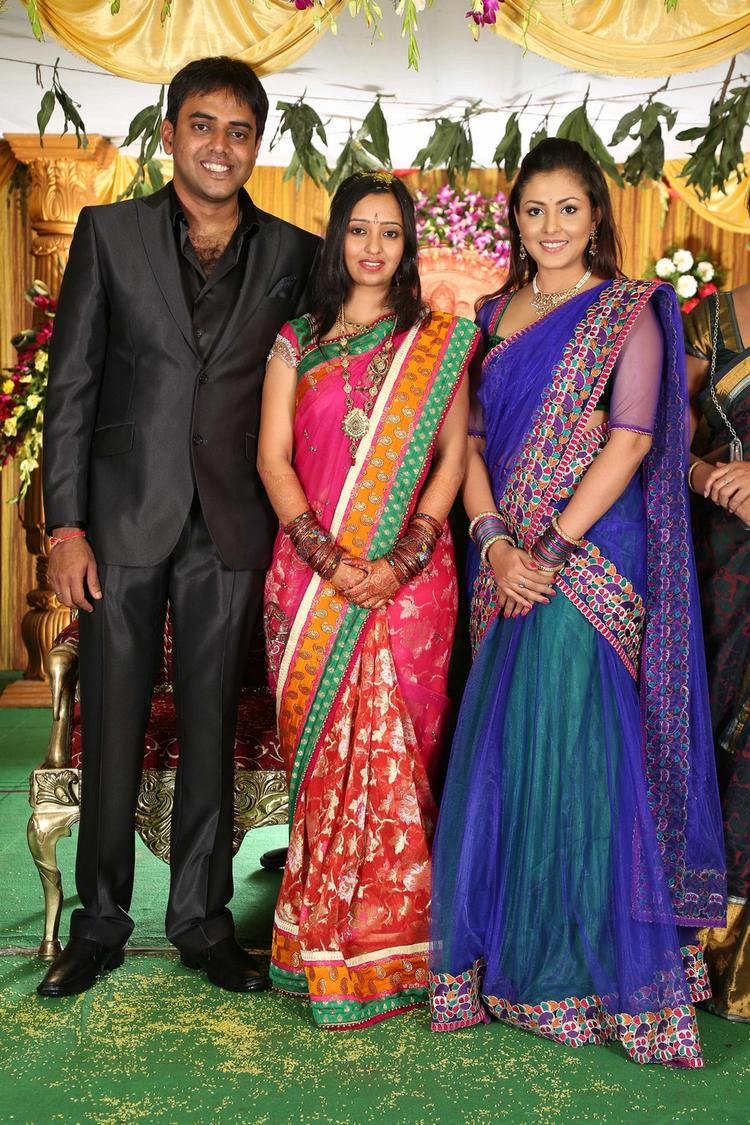 Singer Malavika And Krishna Chaitanya Posed With A Guest At Singer Malavika And Krishna Chaitanya Wedding