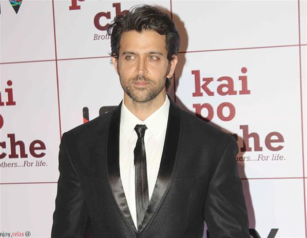 Hrithik Roshan Smart Look At Kai Po Che Premiere Show Event