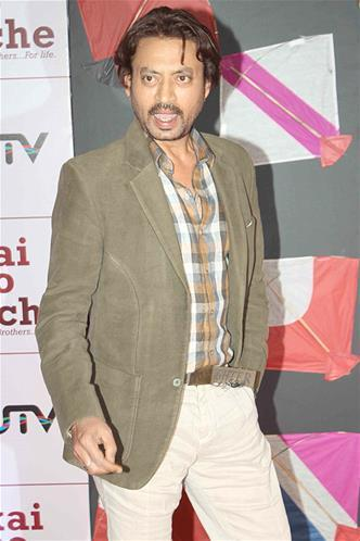 Irrfan Khan Nice Look At Kai Po Che Premiere Show Event