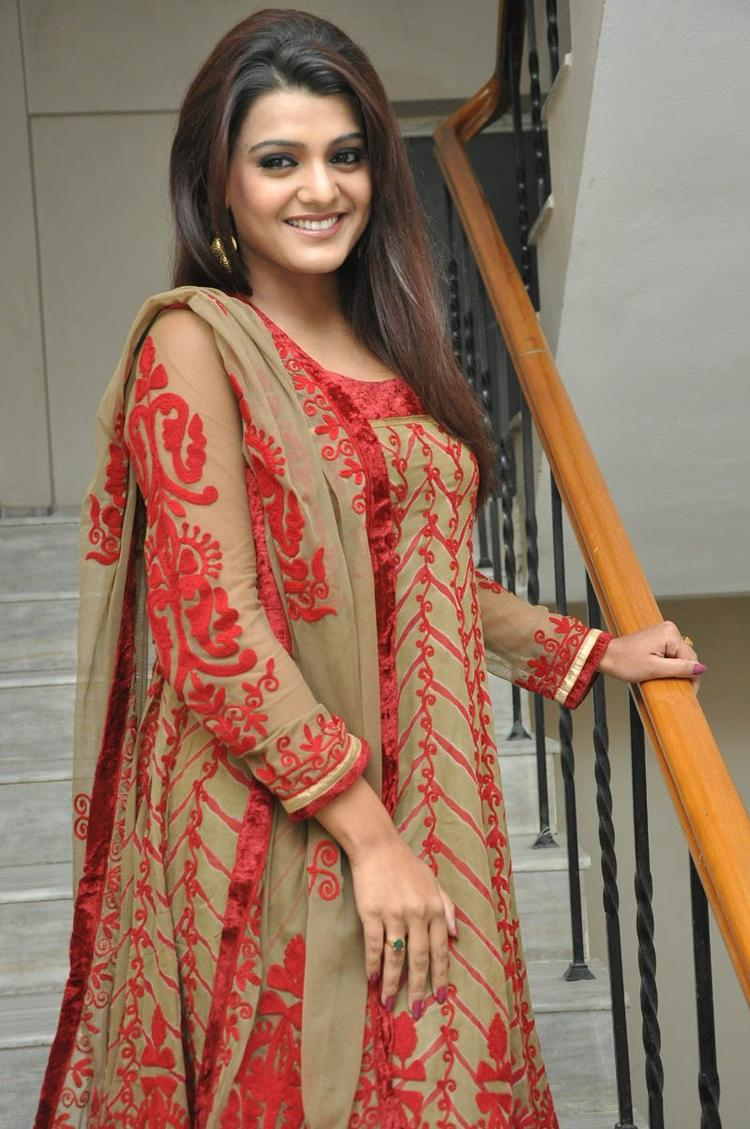 Tashu Kaushik Cute Face Look At Gola Seenu Movie Audio Release Function