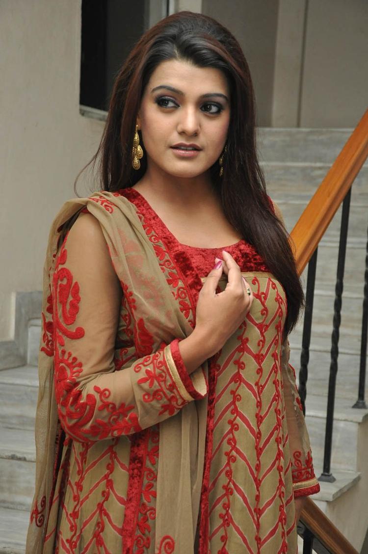 Tashu Kaushik Glamour Look At Gola Seenu Movie Audio Release Function