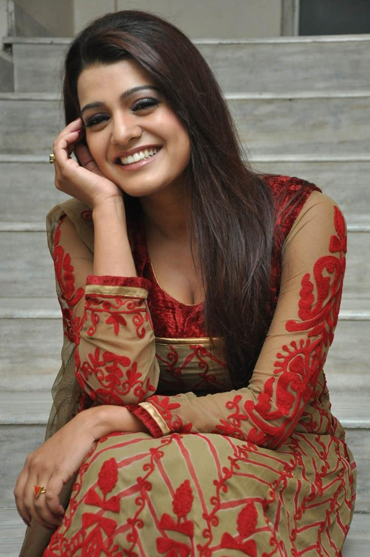 Tashu Kaushik Sizzling Face Look At Gola Seenu Movie Audio Release Function