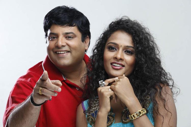 Krishnudu And Sonia Gorgeous Look Photo Still From Movie Mr Manmadha