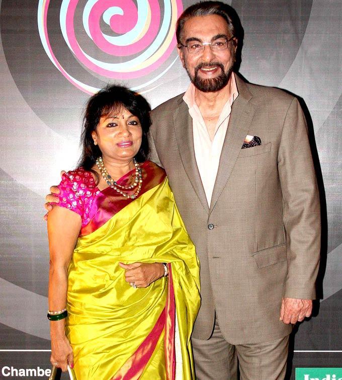 Kabir Bedi Smiling Pose For Camera At IMC Fusion 2013 Awards
